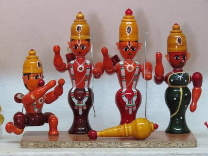 Etikoppa toys