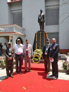 Picture with Netaji Bose Statue