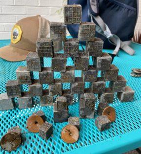lead cubes